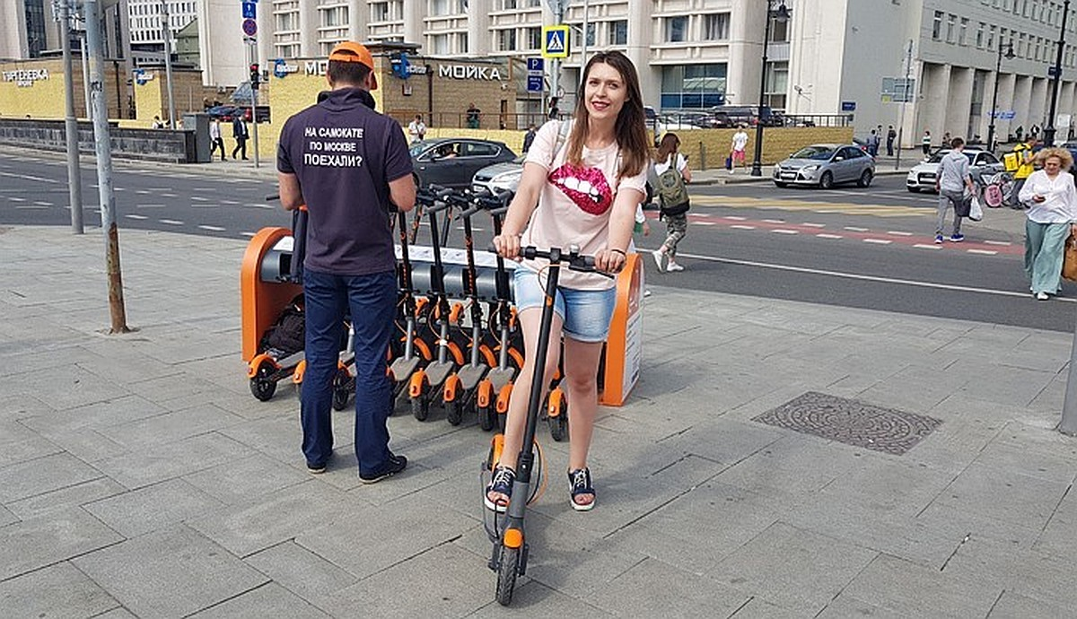 электросамокаты на улицах городов фото